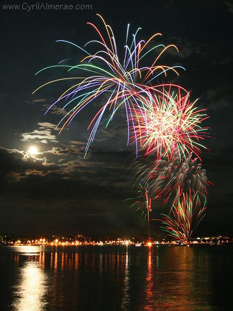 fireworks Antibes copyright Cyril Almeras