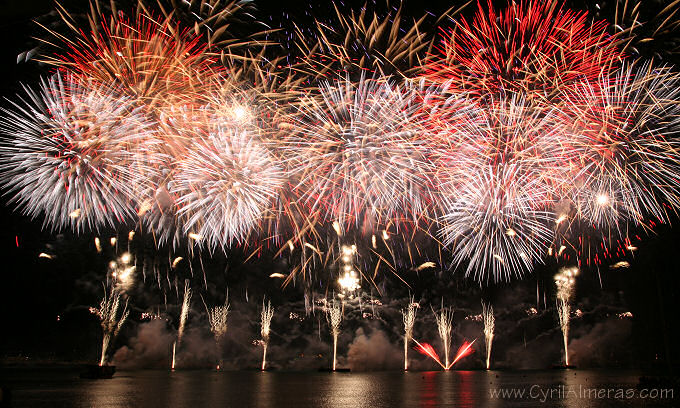 Image result for festival d'art pyrotechnique cannes 2017